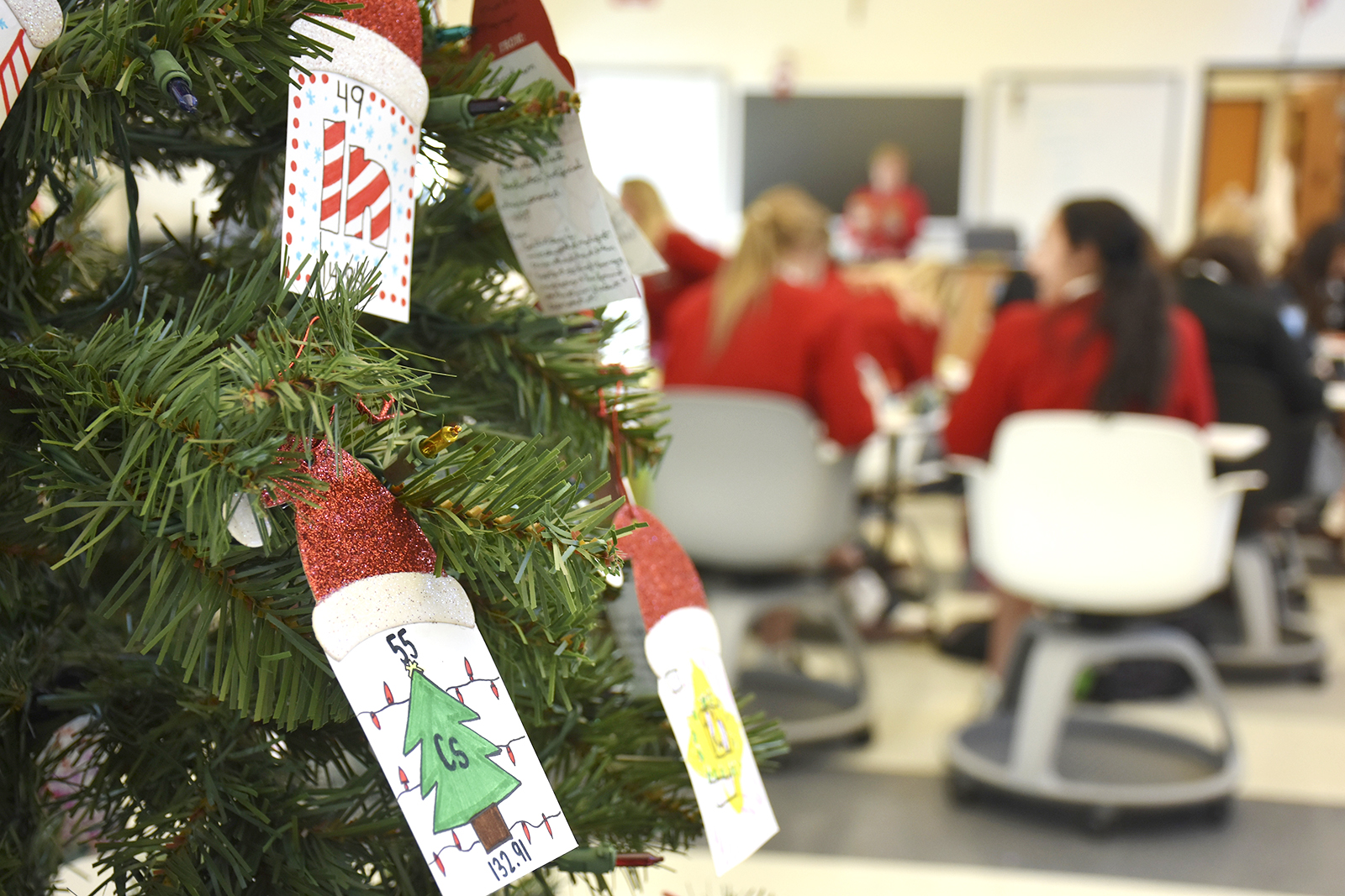 chemis tree christmas jumper